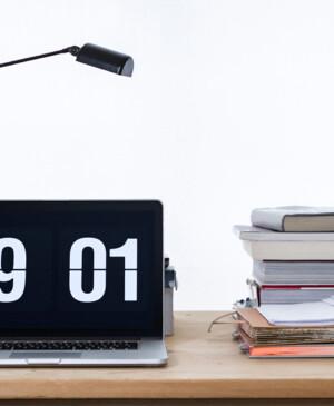 Thay giao diện màn hình bảo vệ Windows 10 và Macbook bằng Screensaver đồng hồ